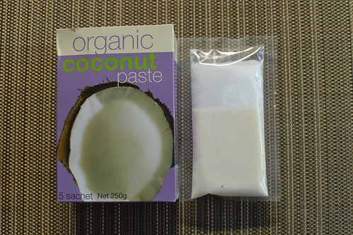 Organic coconut paste