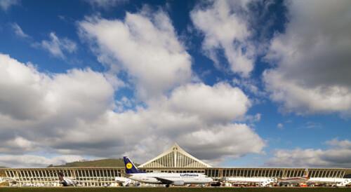 Aeropuerto de Bilbao. Foto cortesía de AENA.