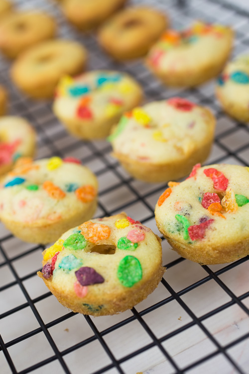 Fruity Pebbles Doughnuts-5