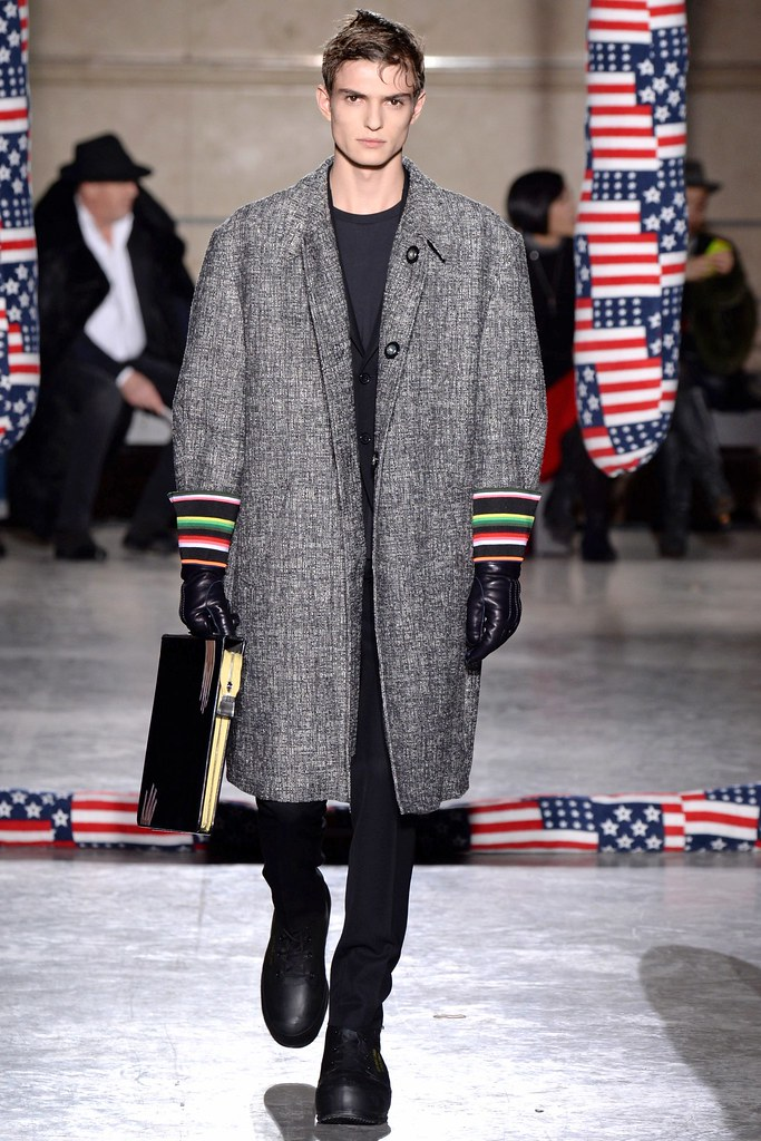 FW14 Paris Raf Simons012_Guerrino Santulliana(VOGUE)