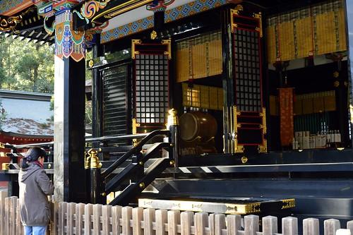 香取神宮拝殿前 by leicadaisuki