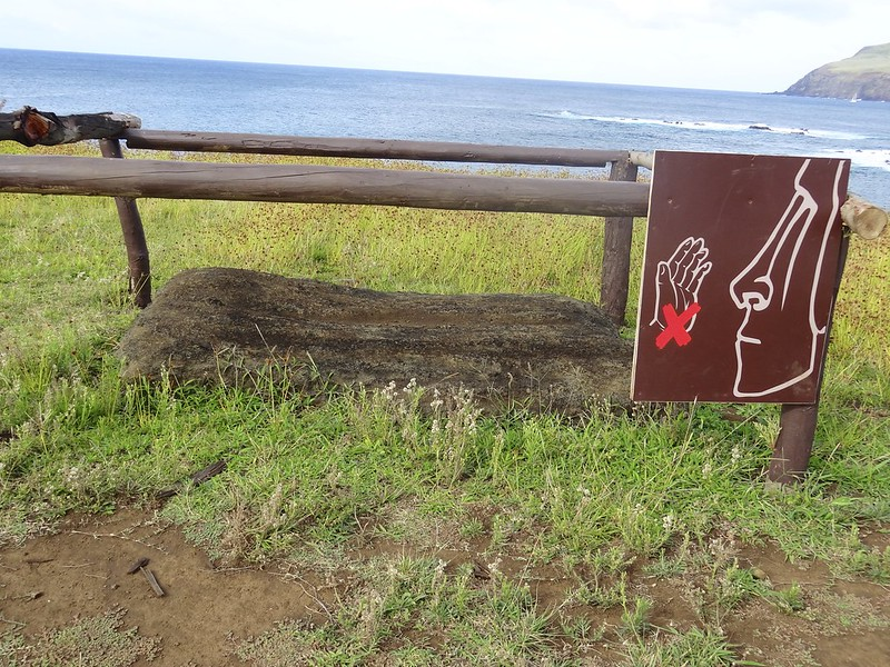 Easter island 23 22