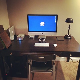Setting up at the new pad! #mac #imac @sfbags