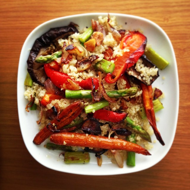 quinoa, roasted carrots and aubergine, asparagus, fried red onions