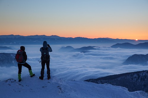 people snow mountains fog clouds sunrise shine slovensko slovakia inversion malafatra rozsutec