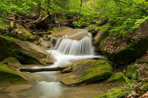 longexposure green nature water beautiful creek photography waterfall stream long natural pentax dusk relaxing peaceful calm lush westernpennsylvania westernpa panature quakertownfalls exploringpa fallingspringcreek