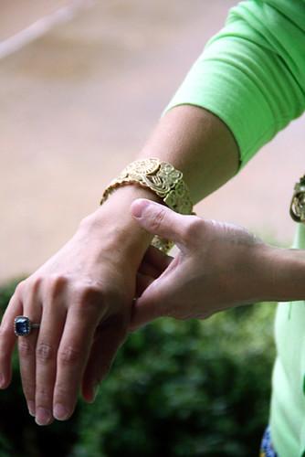 Day2_Closeup-Lace-Bracelet