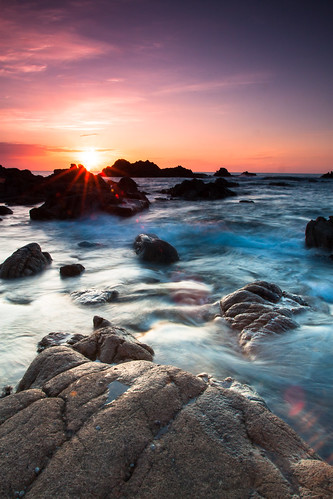 light sea summer beach landscape rocks guernsey channelislands lightroom cokin cobobay milkywater canoneos500d