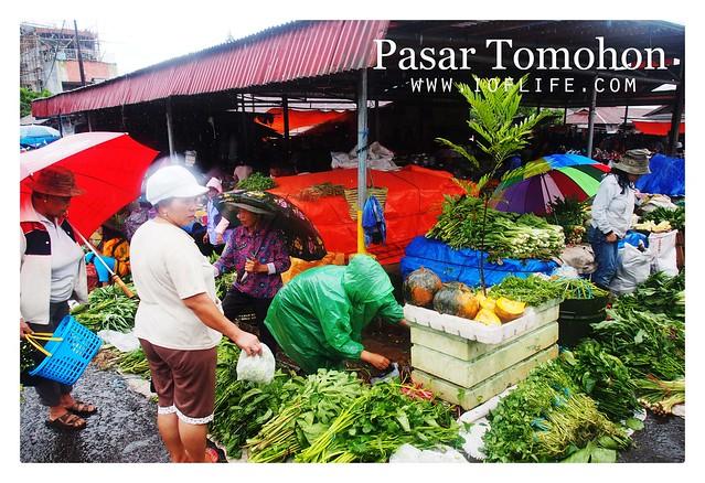 pedagang sayuran pasar tomohon