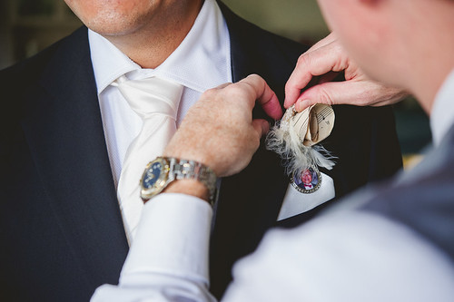 Grooms boutonniere tribute to his late dad