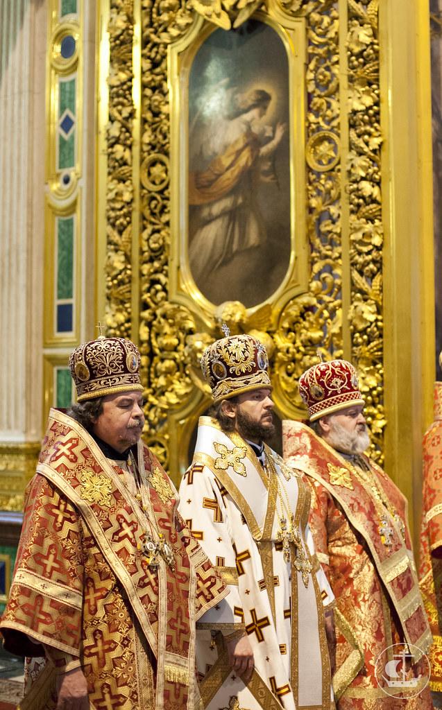 27 мая 2013, Литургия в Исаакиевском соборе в день рождения митрополита Владимира