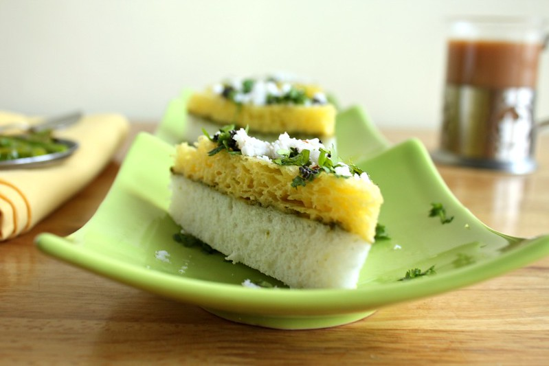 sandwich dhokla and tea