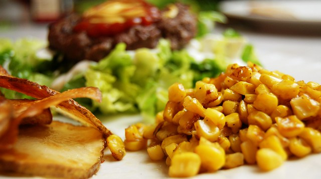 a simple real food recipe :: basic side dishes :: roasted corn