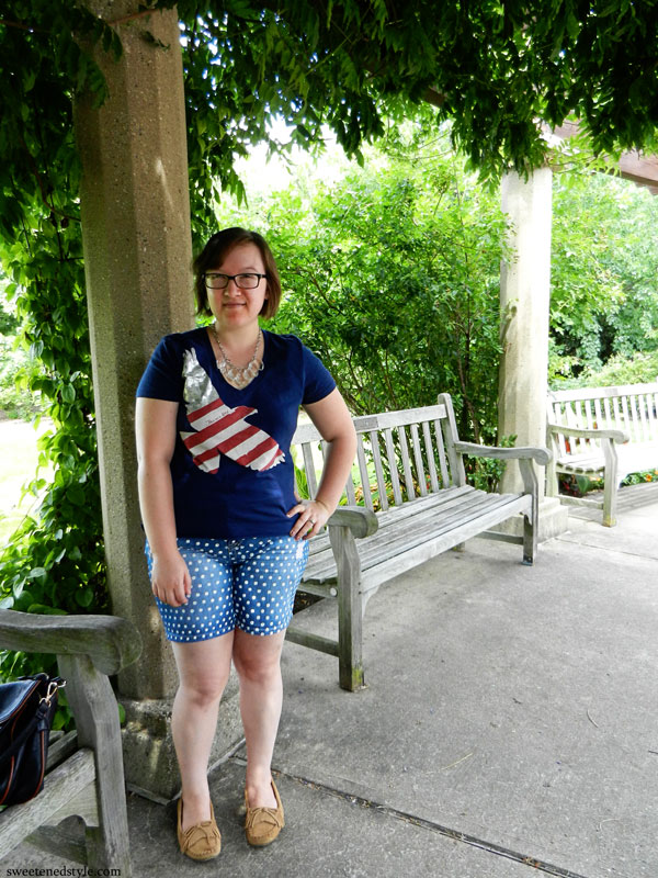 Old Navy tee, diy polka dot shorts, minnetonka moccs