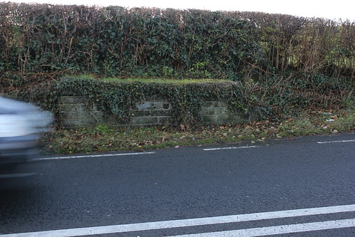 Stondin Laeth ger Penygraig, Llanfarian