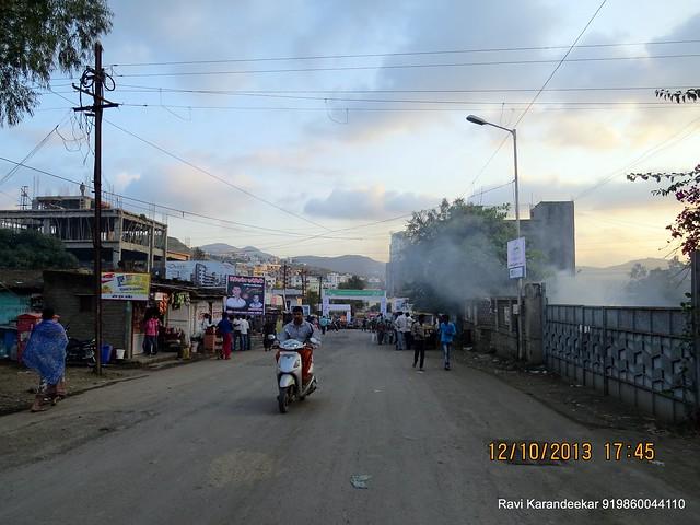 From Katraj - Dattanagar Chowk - Visit Venkatesh Lake Life Phase 1 - 1 BHK 2 BHK Flats Shops - Dattanagar Jambhulwadi Road Ambegaon Khurd Pune