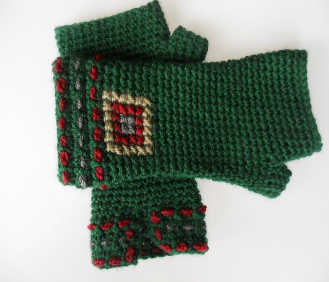 Mitones crochet y bordados
