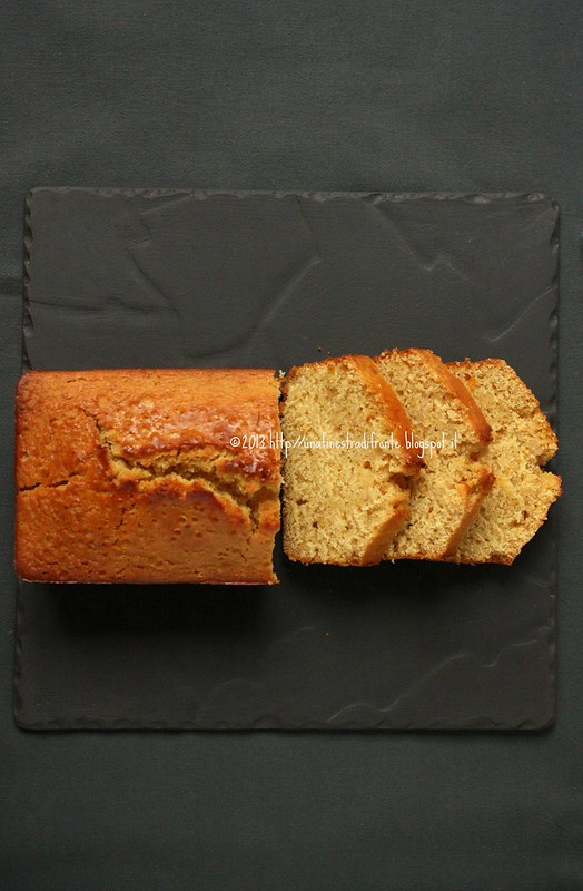 Una finestra di fronte cake al farro arance e mandorle - Una finestra di fronte ...