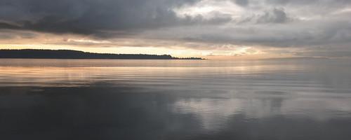 ocean vancouver bc pacific tide surrey tones grays mudbay blinkagain