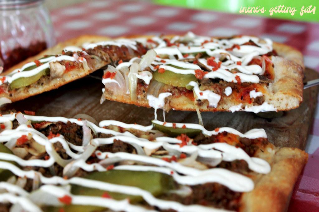 bene-americano-pizza-slice