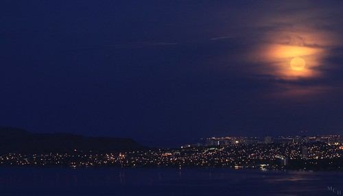 moon night hawaii diamondhead honolulu moonset mch photosbymch