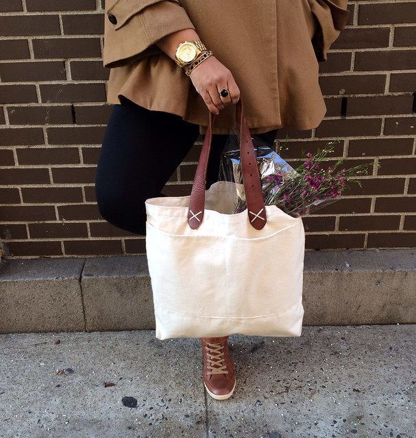 Canvas Tote w: Leather Straps 1