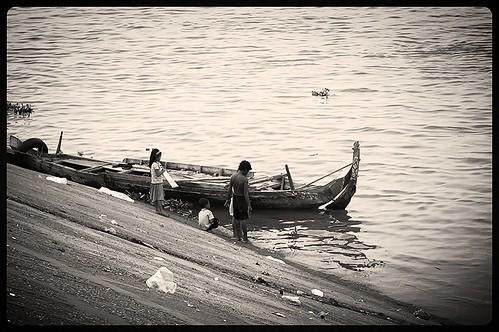 playing beautiful kids river cambodia mekong blackwithe