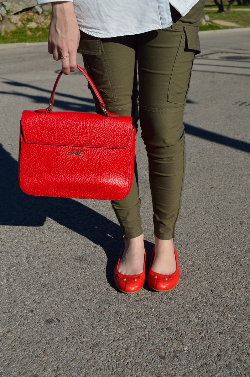 lara-vazquez-madlula-blog-fashion-style-red-details-trends-marc-jacobs