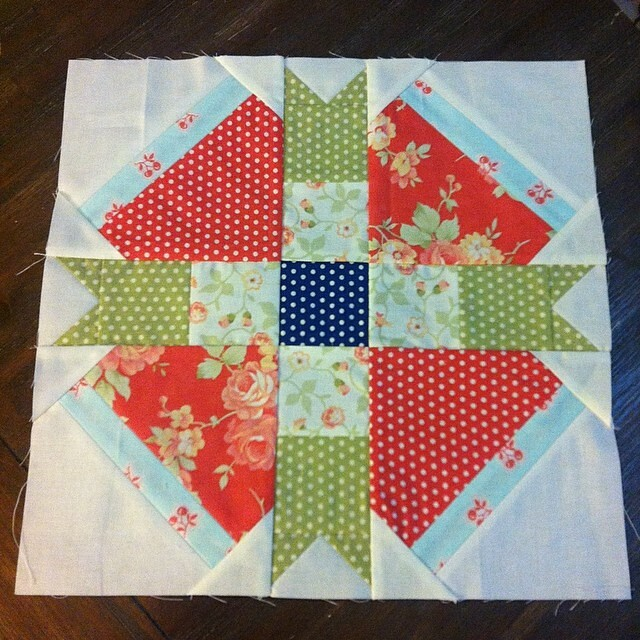Loving this months @fatquartershop #bom block!