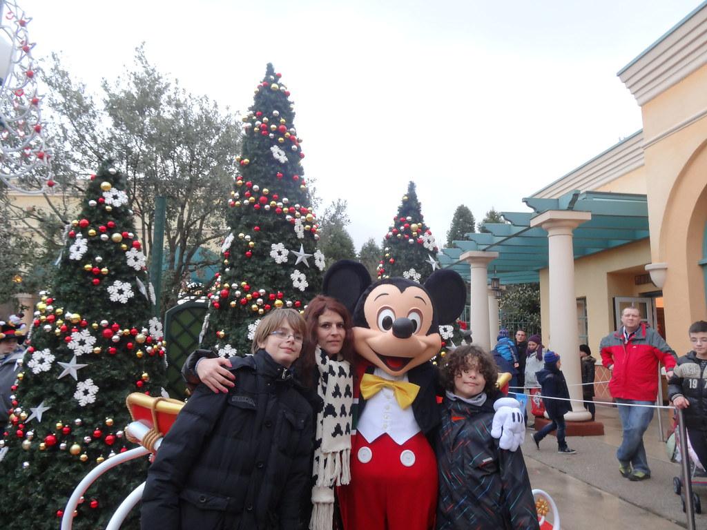 Un séjour pour la Noël à Disneyland et au Royaume d'Arendelle.... - Page 7 13903467404_2d8612d723_b