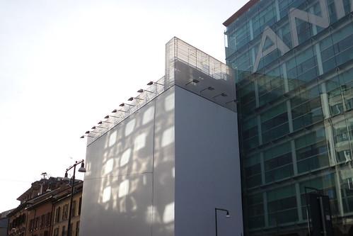 L'architettura di riflesso di #Milano