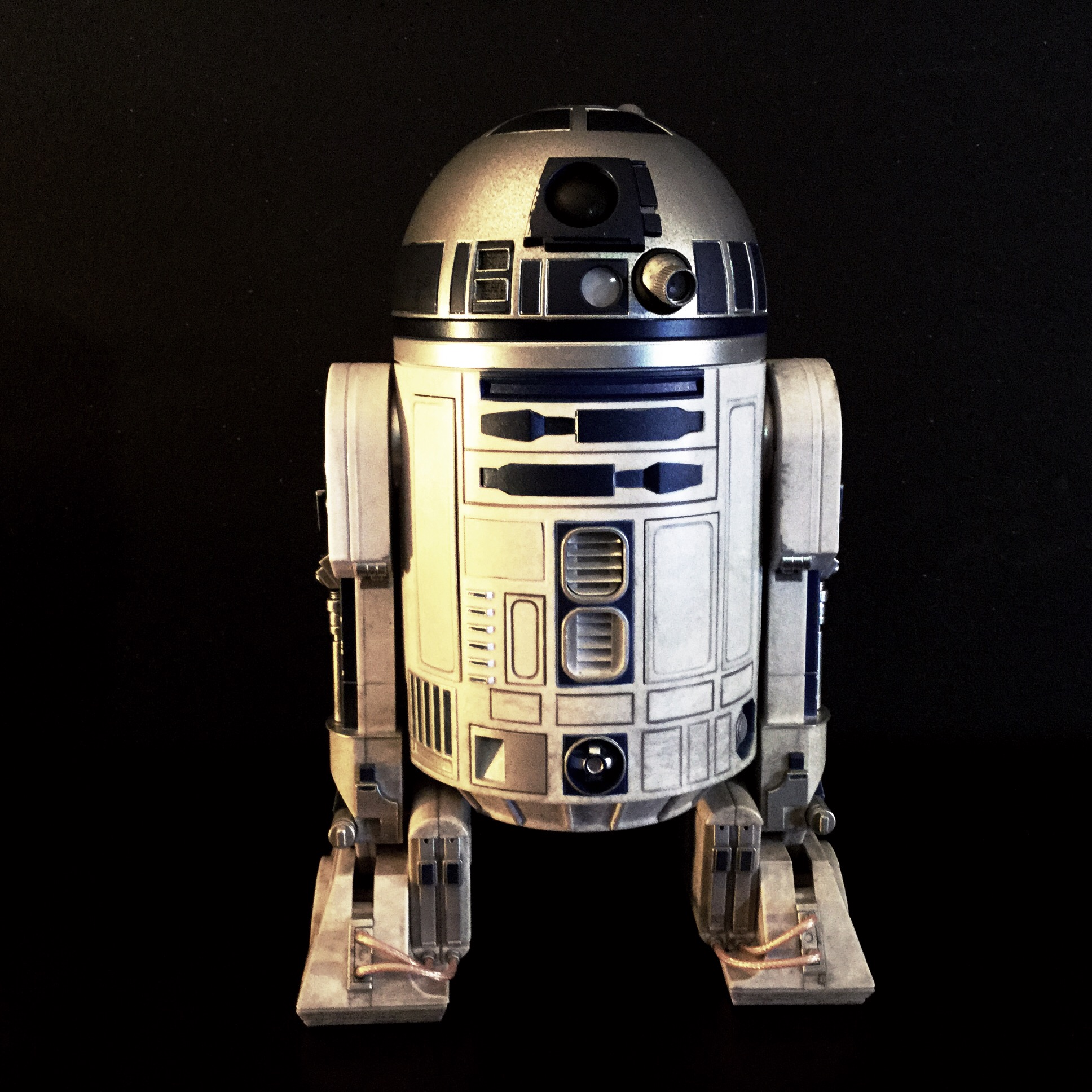 [REVIEW] Star Wars : R2-D2 Deluxe (Sideshow) 15821533624_f26124c363_o