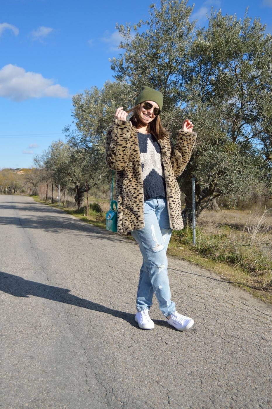 lara-vazquez-mad-lula-style-streetstyle-look-winter-fashion-art