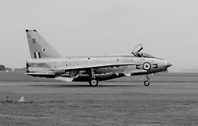 XS918 English Electric Lightning F.6 11Sq 'B'