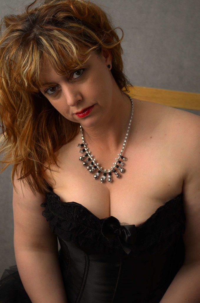 cleavage redhead Amateur