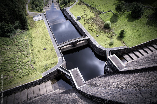 wales canon high pov dam perspective valley elan hdr height 6d rhayader reservoirs 24105mm claerwen