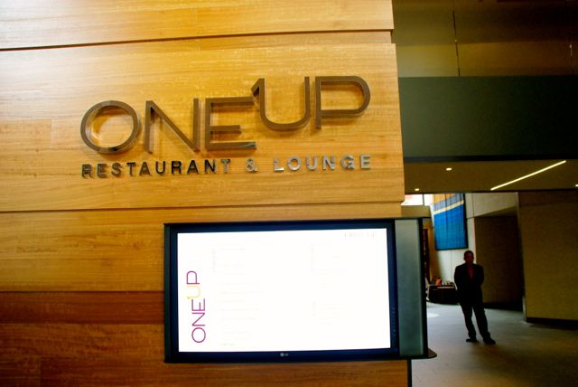 oneUP restaurant and lounge at grand hyatt san francisco