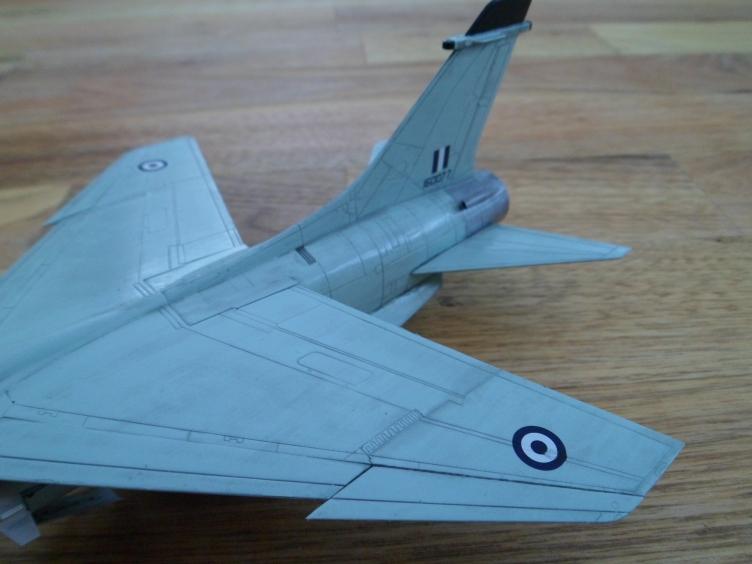 Un géant vert redoutable [Vought F-8 P Crusader Academy 1/72] 9558934316_e725fc5c53_o