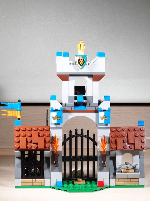 P9085187 LEGO 70402