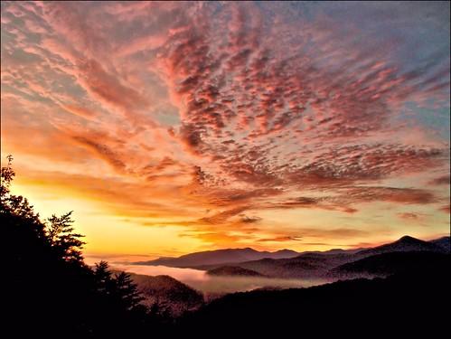 morning clouds sunrise tennessee july gatlinburg smokymountains autofocus autoexposure corelpaintshoppro seviercountytennessee nikoncoolpixs01