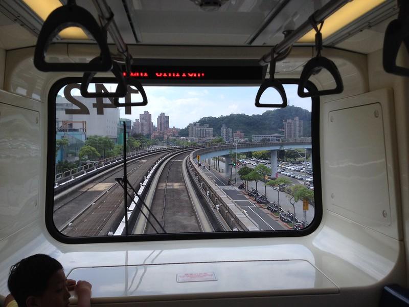 文湖線の先頭車両 by haruhiko_iyota