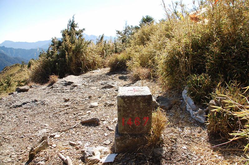 閂山二等三角點(#1467 Elev. 3168 m) 3