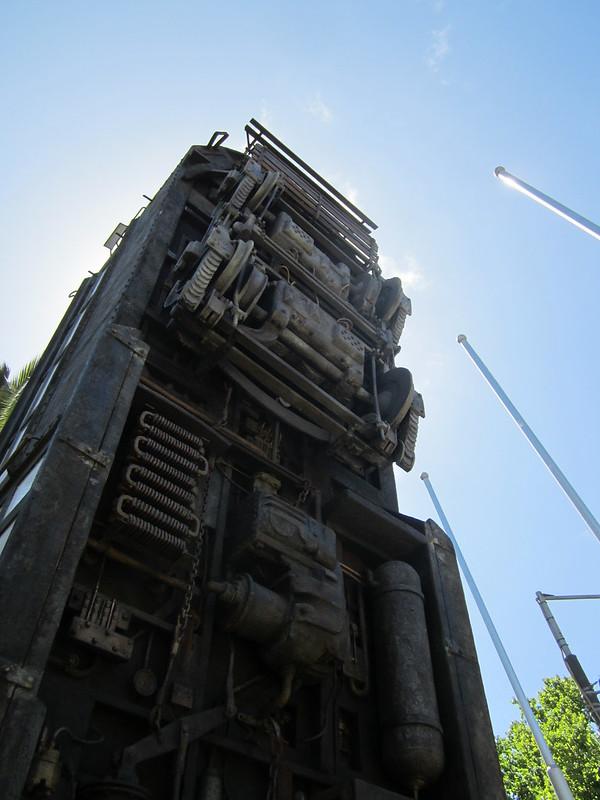 Tram 1040 sculpture, Melbourne