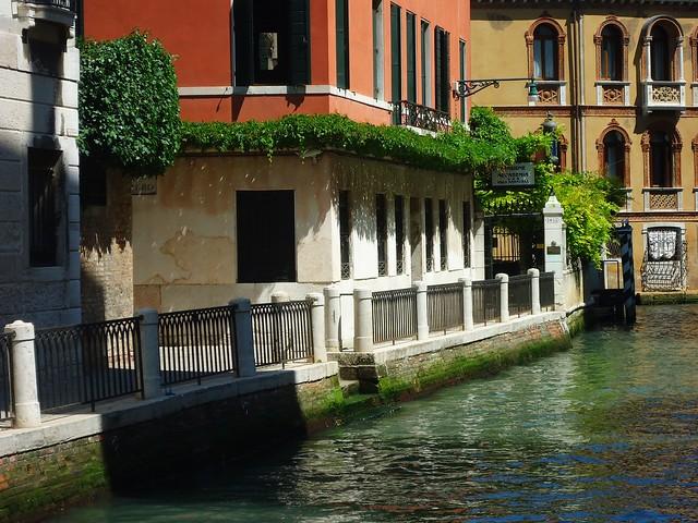 Venice by Flickr CC Jana Jermakova