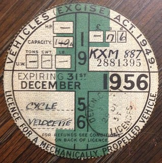 GREAT BRITAIN 1956 ---MOTORCYCLE TAX DISK FOR LICENSE PLATE #KXM887