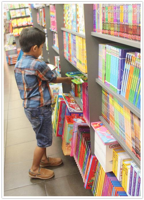 10810926706 539df15257 o Aktiviti hujung minggu | kedai buku popular di ipoh Parade