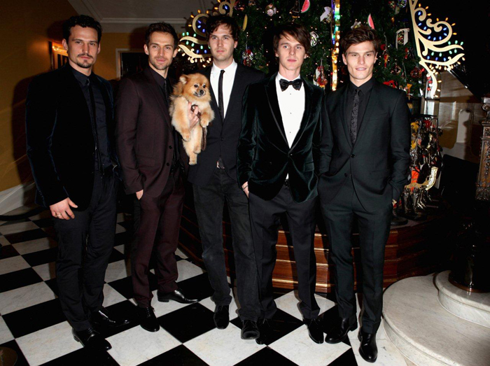 Claridge's Christmas Tree By  Dolce & Gabbana  SAM WEBB ANDREW COOPER OTI...