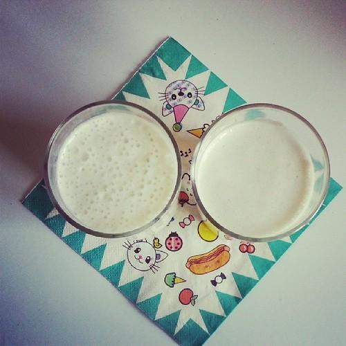 ♣ 2 smoothies à la poire pour commencer l'année ♣ #smoothie #poire #kawai #ourlittlefamily #france #blog