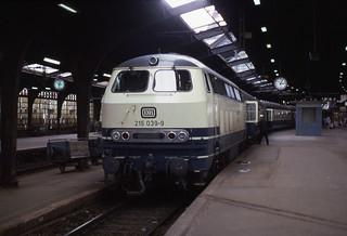 29.07.85  Köln Hbf  215.039
