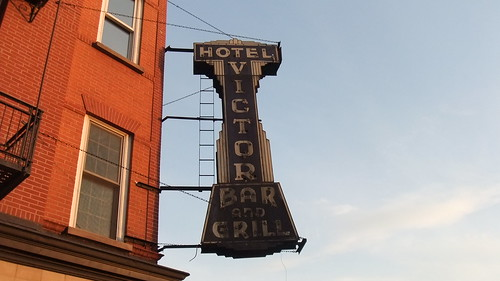 #SnapShot | Hotel Victor Bar And Grill Sign #Hoboken #NJ